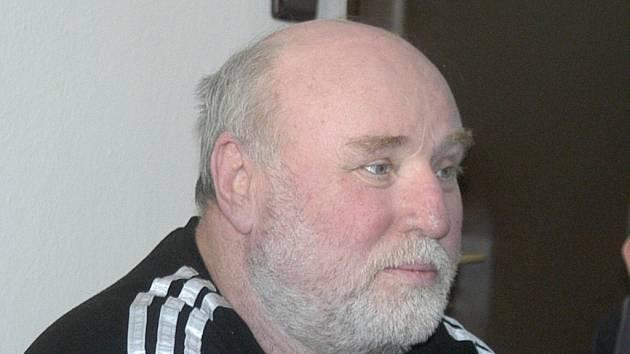 Zkušený trenér Zdeněk Faber přihlásil do oblastního kola patnáct boxerů.