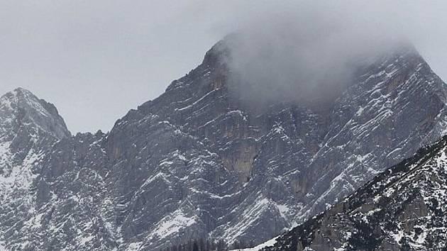 Na Dachsteinu pěkně mrzlo...