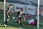 Naposledy doma hráli fotbalisté Dynama s Táborskem 1:1 (na snímku se Švantner a Mashike radují z vedoucího gólu), jak se jim bude dařit vneděli s Třincem?