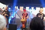 Na nádvoří borovanského kláštera hrála kapela Čechomor