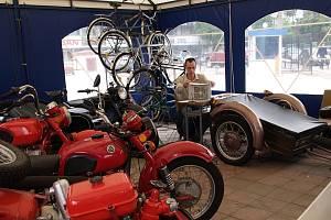 Kyjevské dobrodružství na motoexpedici Petra Hošťálka