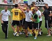 Radost na Střeleckém ostrově, Dynamo po Táborského gólu minutu před koncem zlomilo doma vlašimský komplex.