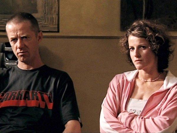 """Temnou minulost má za sebou postava Milana (Jiří Langmajer), který má """"nepovolený"""" vztah sJolanou (Petra Jungmanová)."""