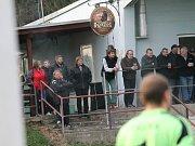 Diváci v Týně nad Vltavou. Olympie doma podlehla v posledním letošním zápase Vacovu 1:3.
