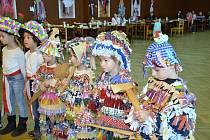 Ještě před zahájením půstu si užily masopust děti z mateřských škol v Nových Hradech a Žáru.