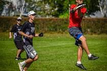 Jihočeši v klubu 3SB frisbee hrají dobře a rádi.