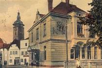 Restaurace U Volbrechtů v Kněžské ulici. Zde vznikl v roce 1918 Národní výbor, který převzal správu nad městem po konci Rakouska Uherska, a řada významných spolků.