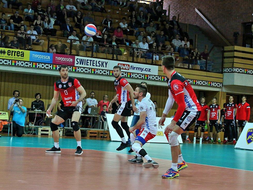 Jihostroj hostil Duklu Liberec.
