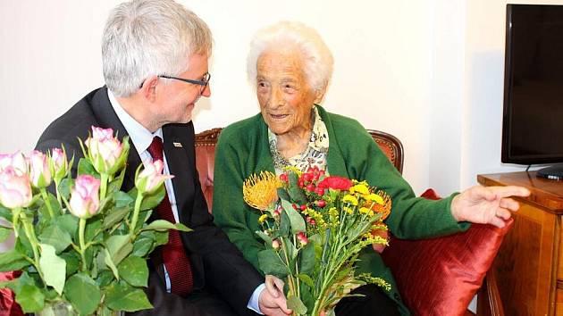 Oslaví 108. narozeniny!