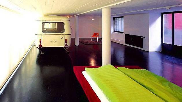 Spát lze v Linci i  v bývalé tovární hale.