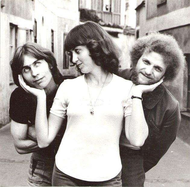 Slavná folková kapela Minnesengři ožije 14.listopadu na koncertě včeskobudějovickém DK Metropol. Na snímku kapela vroce 1983.