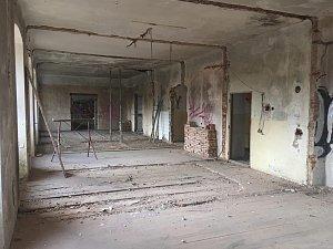 Oprava Boršovského zámečku pokračuje
