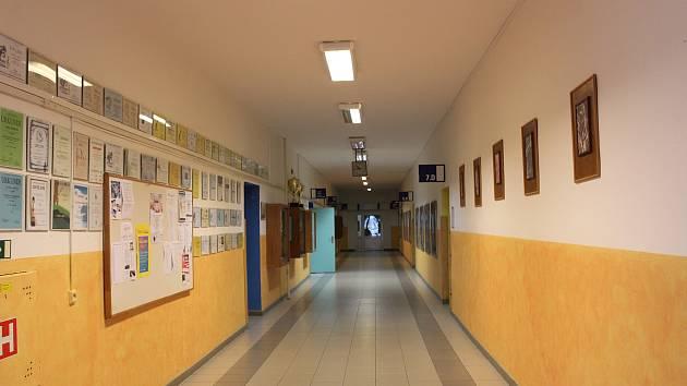 V Základní škole Oskara Nedbala v Českých Budějovicích bylo ve středu z důvodu stávky zavřeno.