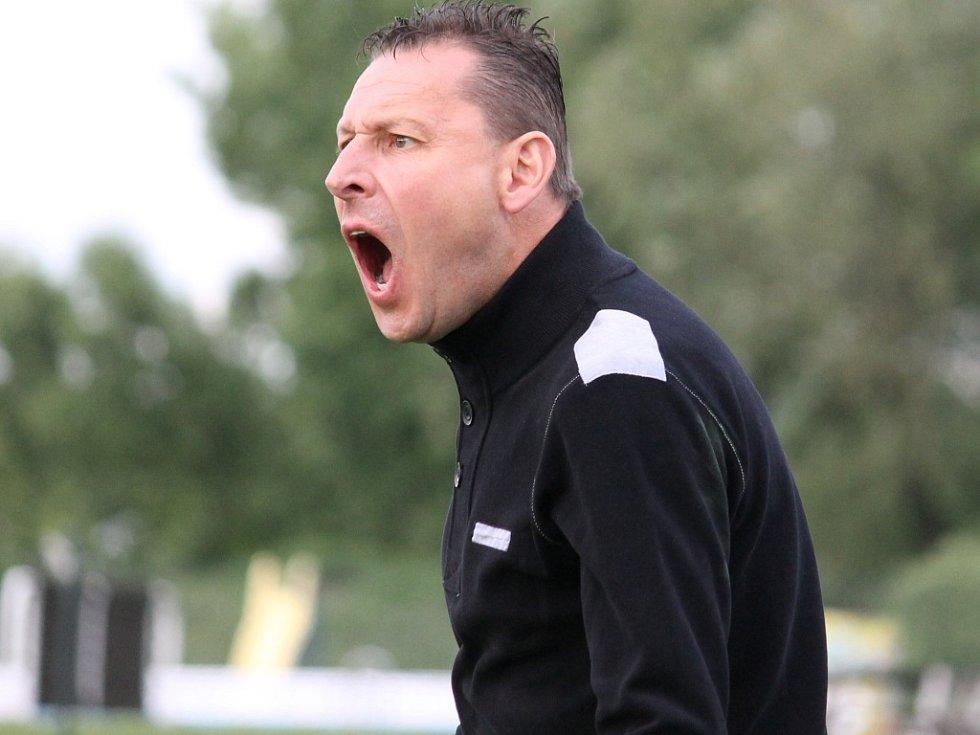 Olešník se vrací do kraje a s ním i trenér Milan Borový, jenž v soutěži před časem úspěšně vedl fotbalisty Hluboké.