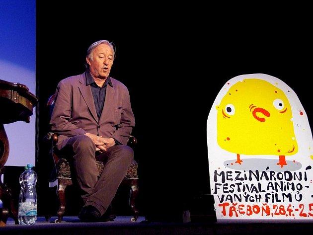 Herec Jiří Lábus přijel minulý týden do Třeboně na festival Anifilm, kde mluvil o tom, jak namlouvá Marge Simsponovou, seriál Dějiny udatného národa českého nebo Harryho Pottera. Hercem chtěl být od chvíle, kdy v pěti letech viděl poprvé loutkové divadlo.