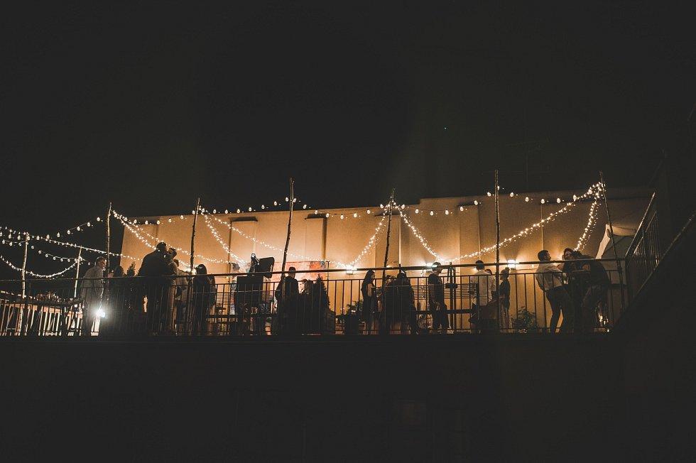 Na Střeše Heaven Gym se dají pořád party, rande, nebo rozlučky se svobodou.