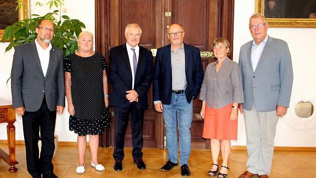 Delegace z partnerského města Lorient v Českých Budějovicích. Ilustrační foto.