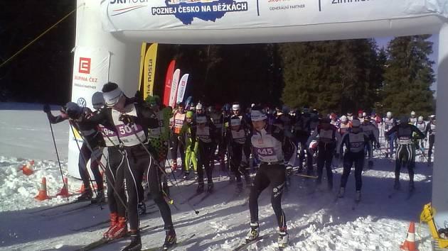 Na start třicetikilometrového závodu volnou technikou se postavilo devadesát závodníků. Třicítku klasicky absolvovalo 160 běžců na lyžích