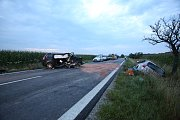 Při tragické nehodě za Třeboní zemřeli 3 lidé.