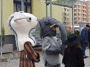 Sněhuláci, králík nebo vodník. Taková stvoření mohli v sobotu odpoledne potkat ti, co se vydali do Zlivi.