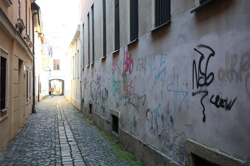 Hradební ulice v Budějovicích.