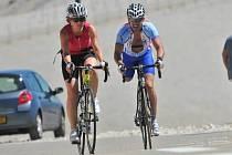 Rakovina přivedla Jana Bicka (vpravo) ke sportu.