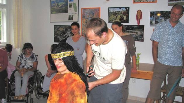 Snímek je z červencového tábora Indiánské léto v Lutové, jehož se účastnilo 18 dobrovolníků.