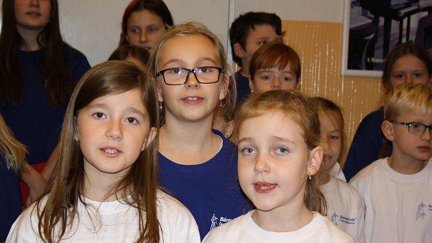 Pilně nacvičují na Česko zpívá koledy