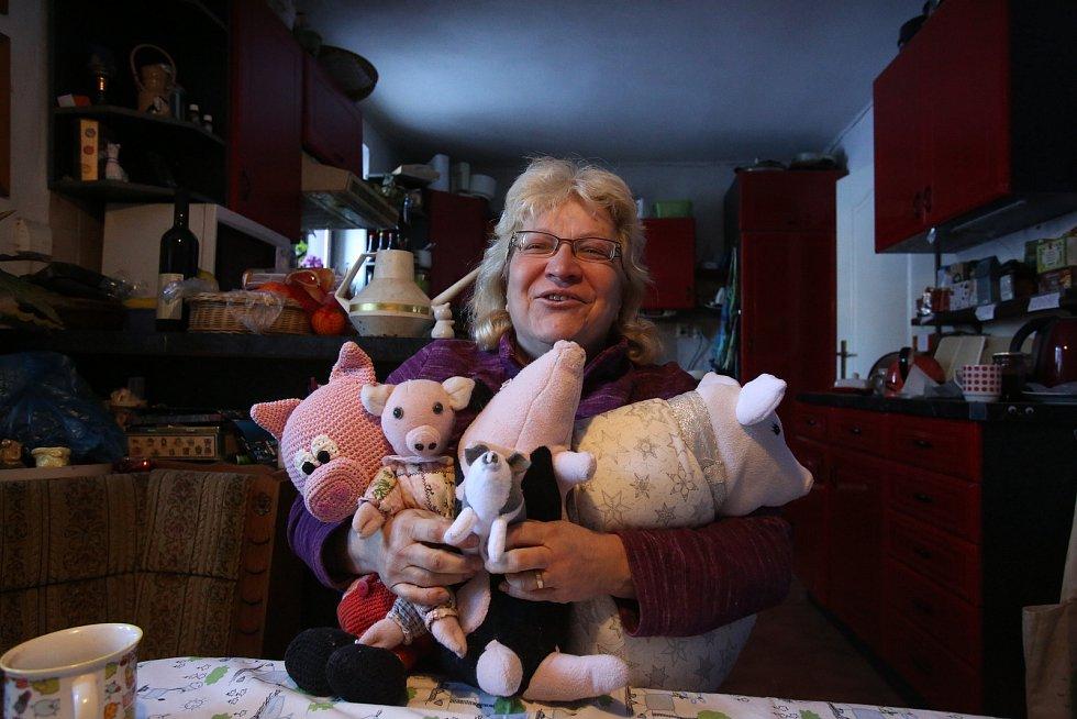 Prasátka najdou azyl u paní Štěpánky Kučerové z Trhových Svinů.