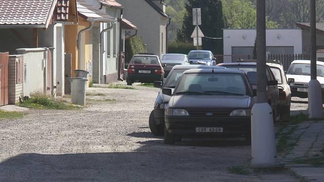Ulice Otokara Březiny - Roudné