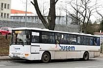 Autobus.