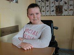 Anička Kočová chce být psycholožkou, nebo pracovat na dispečinku záchranky. Zpívání si prý ponechá jako koníček.