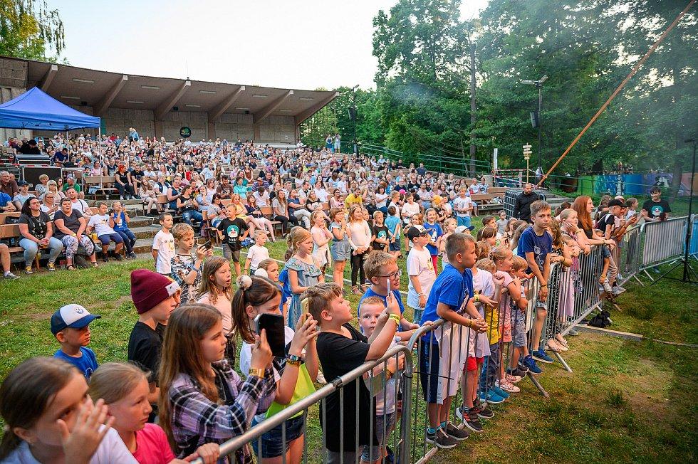V budějovickém letním kině Háječek zahájil ve středu písničkář Pokáč hudební událost s názvem Týden v letňáku.