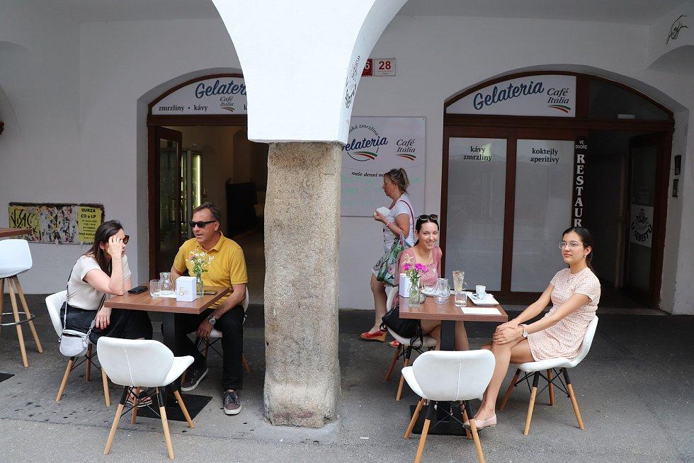 Zmrzlina u Šebestů v Krajinské ulici v centru Budějovic.