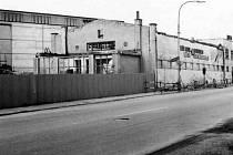 Rudolfovská, bývalá smaltovna Bohemia v roce 1981, provoz n. p. Sfinx.