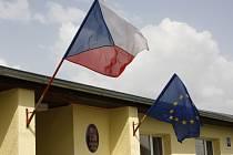 Volby do Evropského parlamentu, pátek 23. května. Na snímku volební místnost ve Hvozdci.