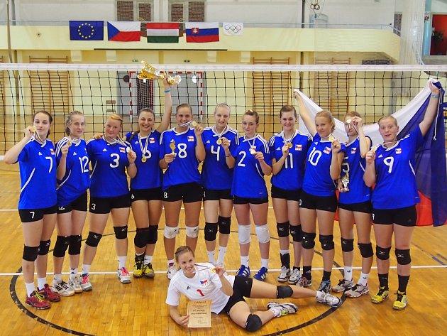 Kadetky ČR bojovaly na turnaji v Maďarsku