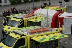 Převzetí 4 vozidel určených na zásahy při mimořádných událostech Zdravotnické záchranné služby JčK v Českých Budějovicích.