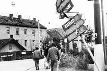 Křižovatka Mánesovy a Lidické v srpnu 1968.