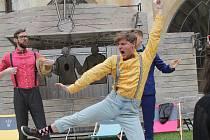 Představení Jenom tři mušketýři není žádná klasika.