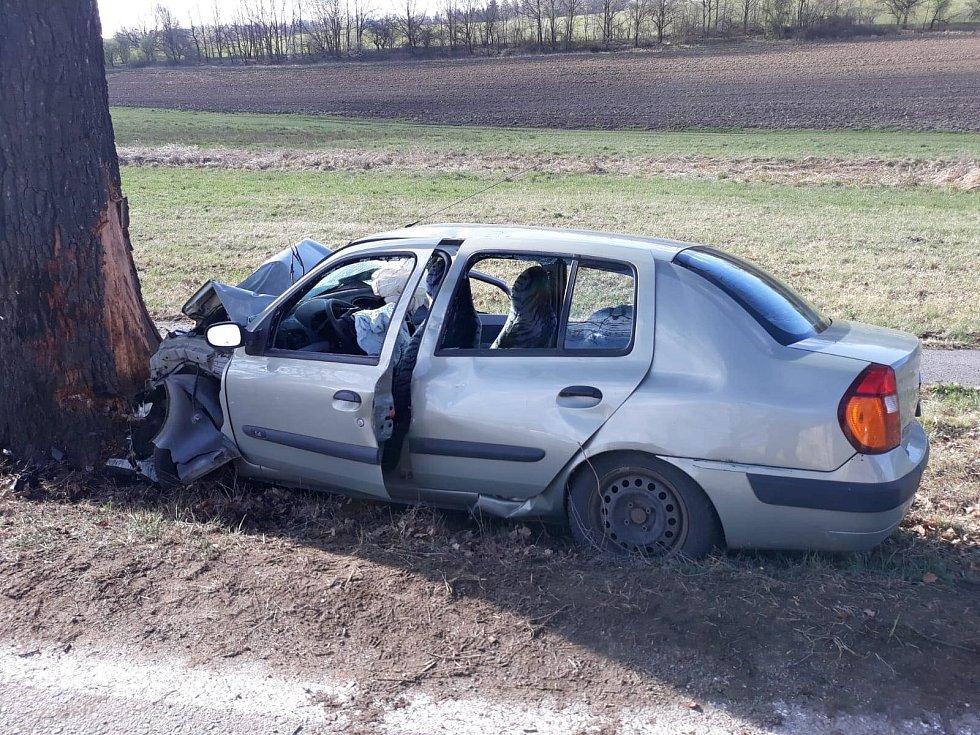 Tragická dopravní nehoda u obce Nové Homole.