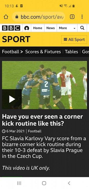 Góool. Slavia baví fanoušky v Anglii