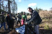 Úklid Branišovského lesa
