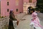 Pohádkovou babičku ztělesnila Libuše Havelková.