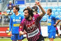 Tomáš Sedláček v zápase fotbalistů Dynama s Plzní (1:1) krátce poté, co dal vedoucí branku svého týmu.