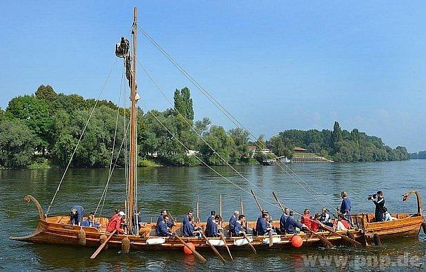 Atrakce - galéra opět na Dunaji!