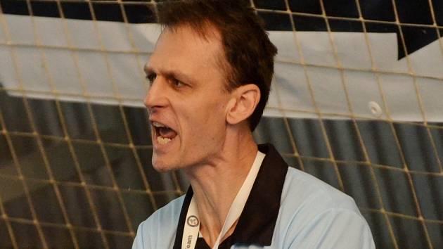 TRENÉR. Vladislav Jordák svému týmu věří.