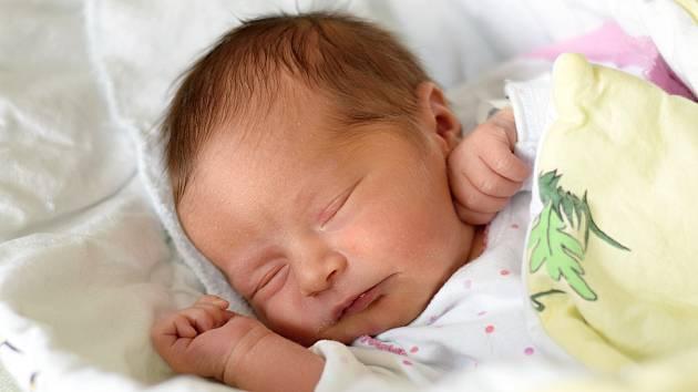 Poslední březnový den porodila Ivona Velíšková Mrosko dceru Leontýnu Mrosko. Na svět přišla v 16.03 h., vážila 3,31 kg. Žít bude v Českých Budějovicích.