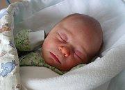Radost z prvního potomka mají manželé Iva a Karel Smudkovi ze Včelné. Šimon Smudek se narodil v úterý 4. 4. 2017 v 16.39 hodin, vážil 3,63 kg.