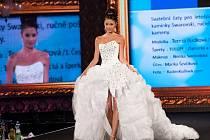 Model oceněný na soutěži Svatební šaty roku 2014.